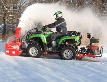 ATV lumilinko 19 hP Briggs & Stratton moottorilla
